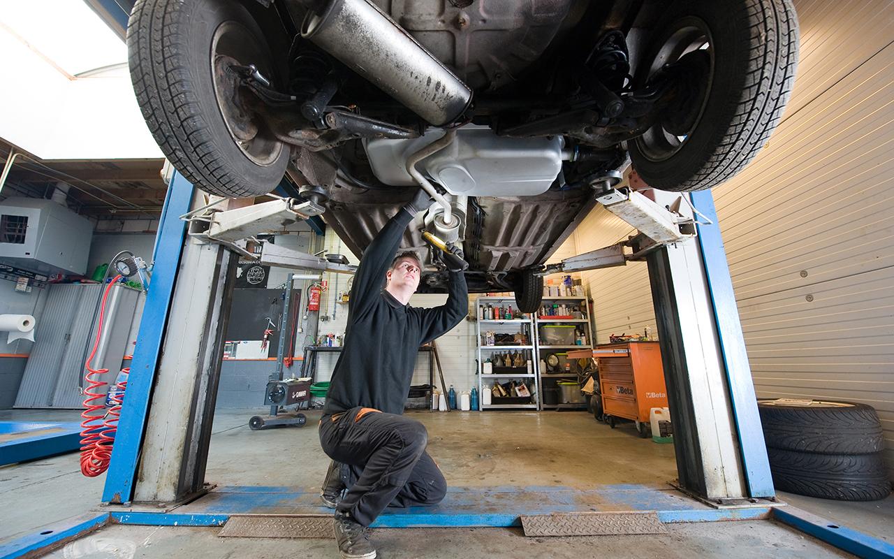 Новый Техрегламент вводит запрет на ремонт машин