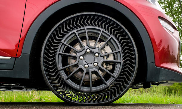 Придумана безвоздушная шина: ей не страшны проколы