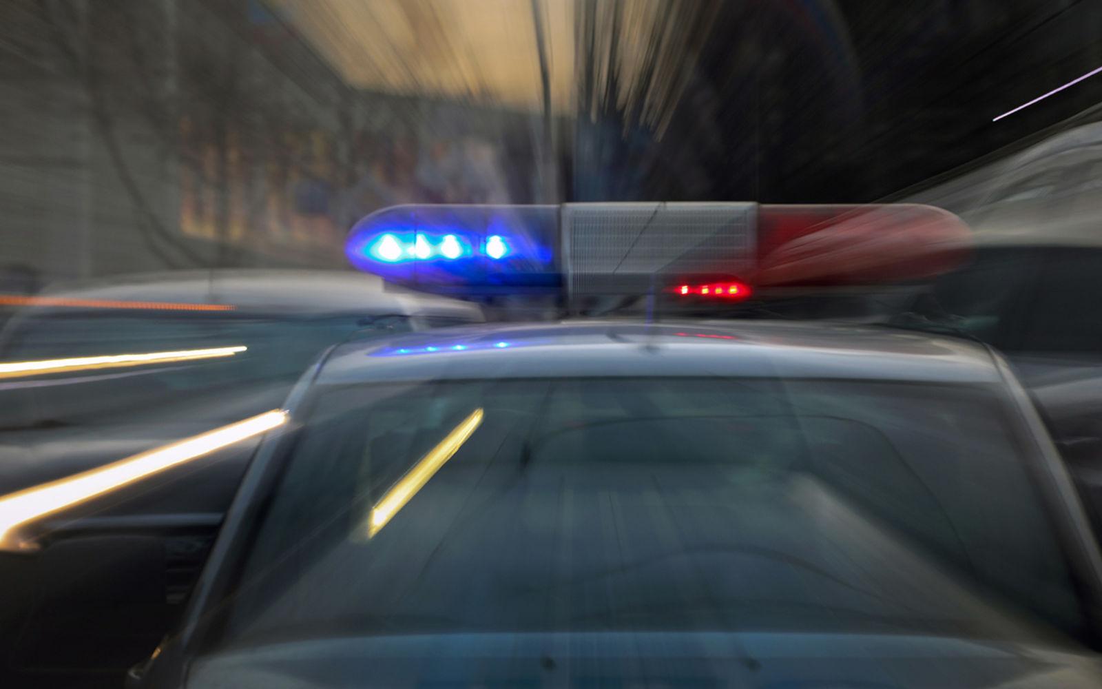 Пьяный водитель сбил девятерых полицейских. Трое в больнице