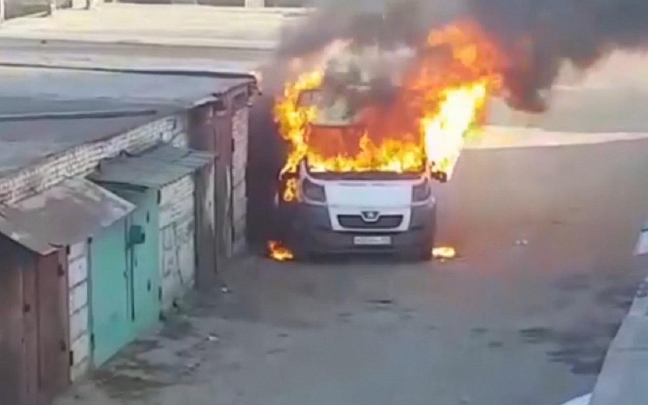 Зажег по полной: задержан подозреваемый в уничтожении пяти машин