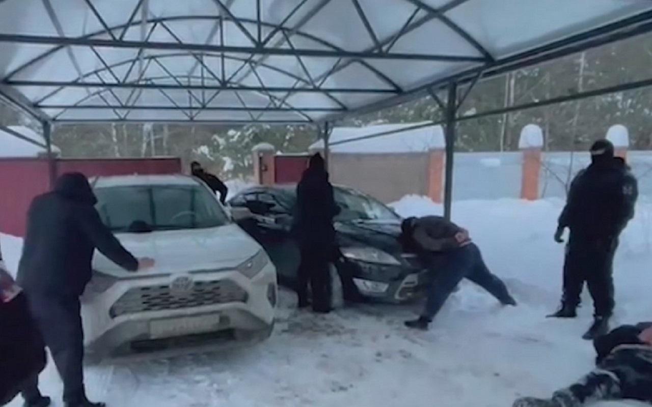 В Москве накрыли банду, угонявшую иномарки (видео)