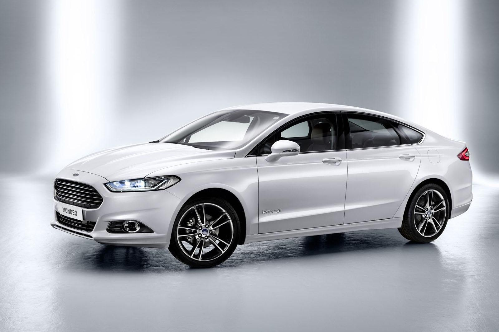 Официальное начало выпуска нового Ford Mondeo в России намечено на 9 апреля - журнал За рулем