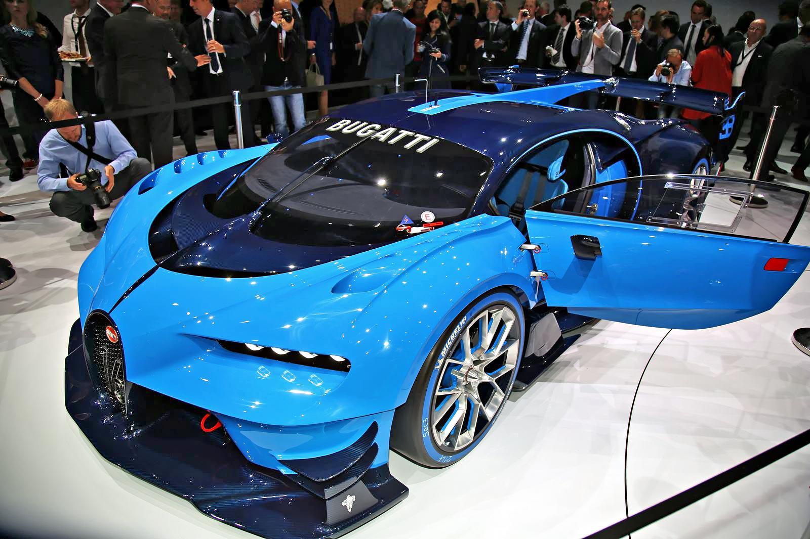 Bugatti представила гиперкар из компьютерной игры - журнал За рулем