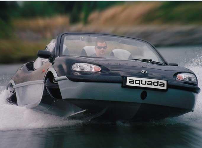 машина превращающаяся в лодку
