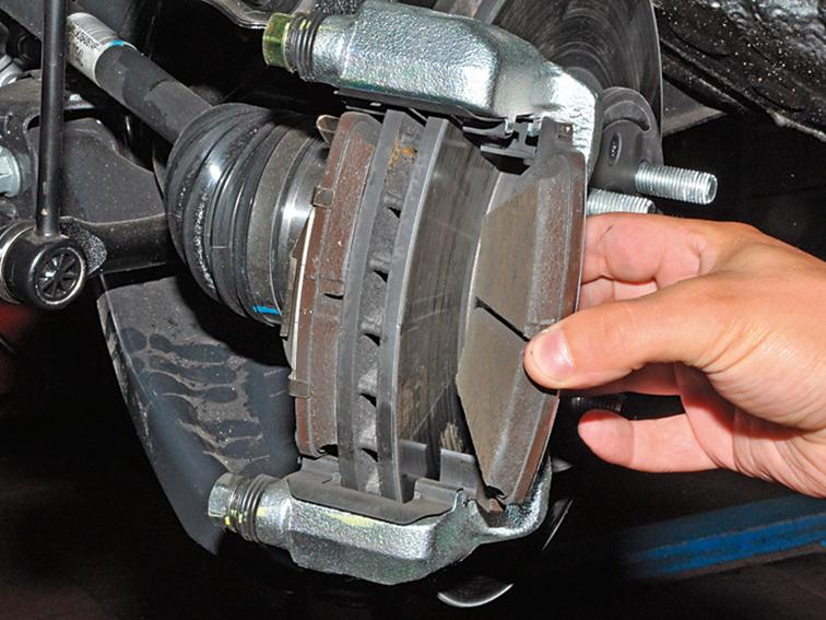 <b>Киа Рио</b> — замена тормозных колодок — журнал За рулем