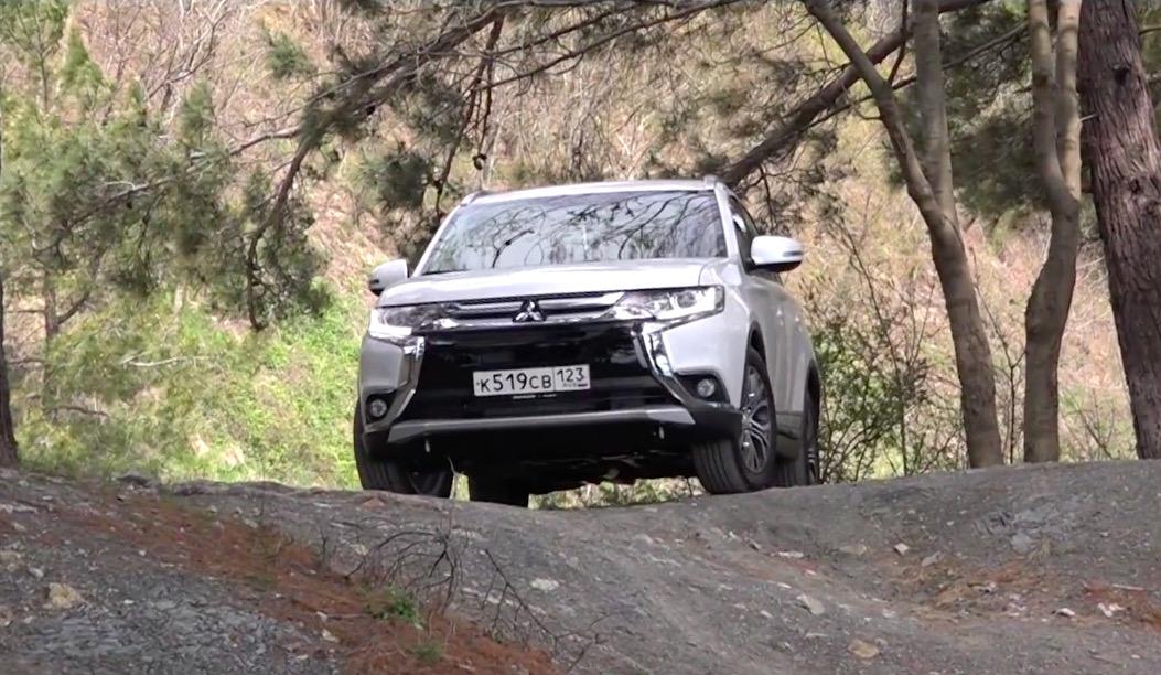 Видео обновленного Mitsubishi Outlander - журнал За рулем
