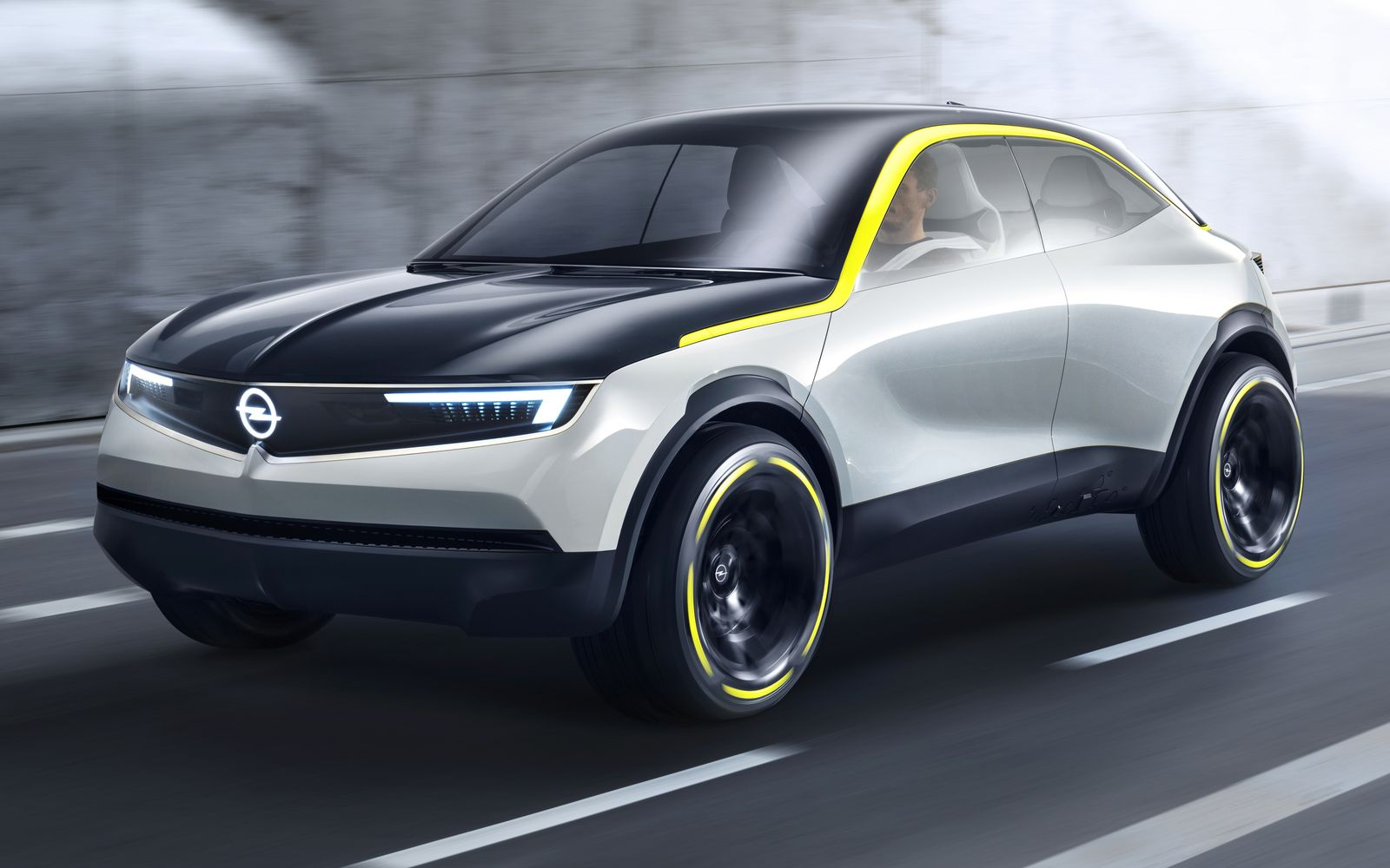 Новый кроссовер Opel: немецкое значит доступное!