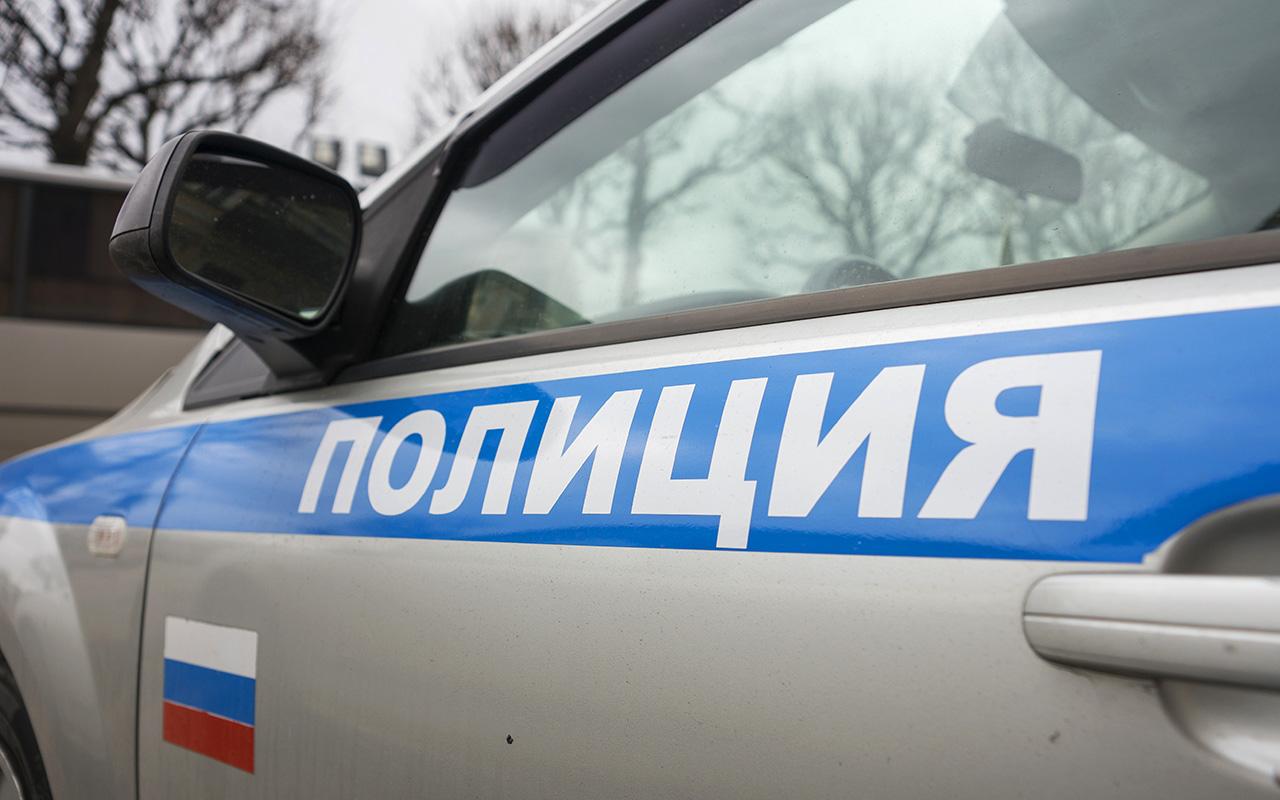 Полицейские «на халяву» помыли служебный автомобиль. Теперь их будут судить