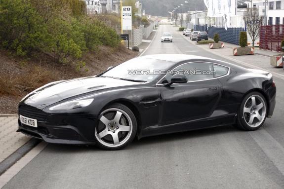 Aston Martin испытывает обновленное купе DBS — журнал За ...