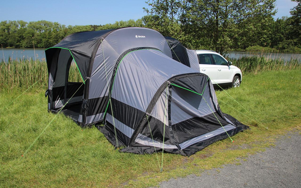 Дешевая альтернатива кемперу — надувная палатка Skoda