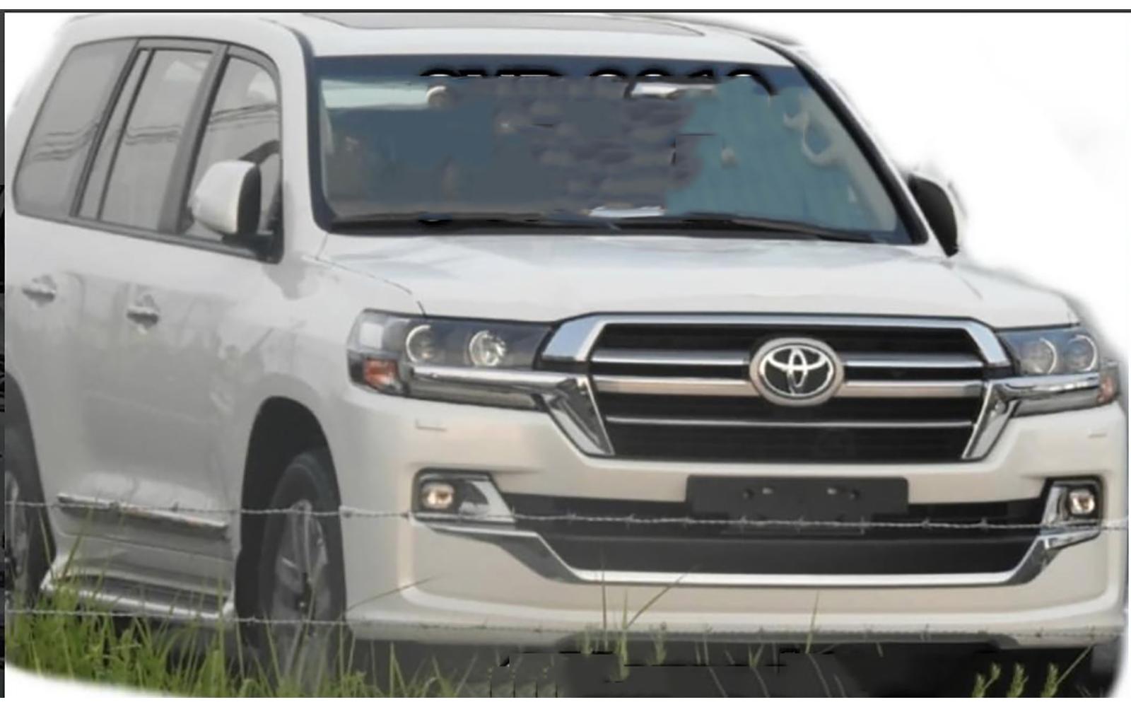 Toyota готовит обновление Land Cruiser 200