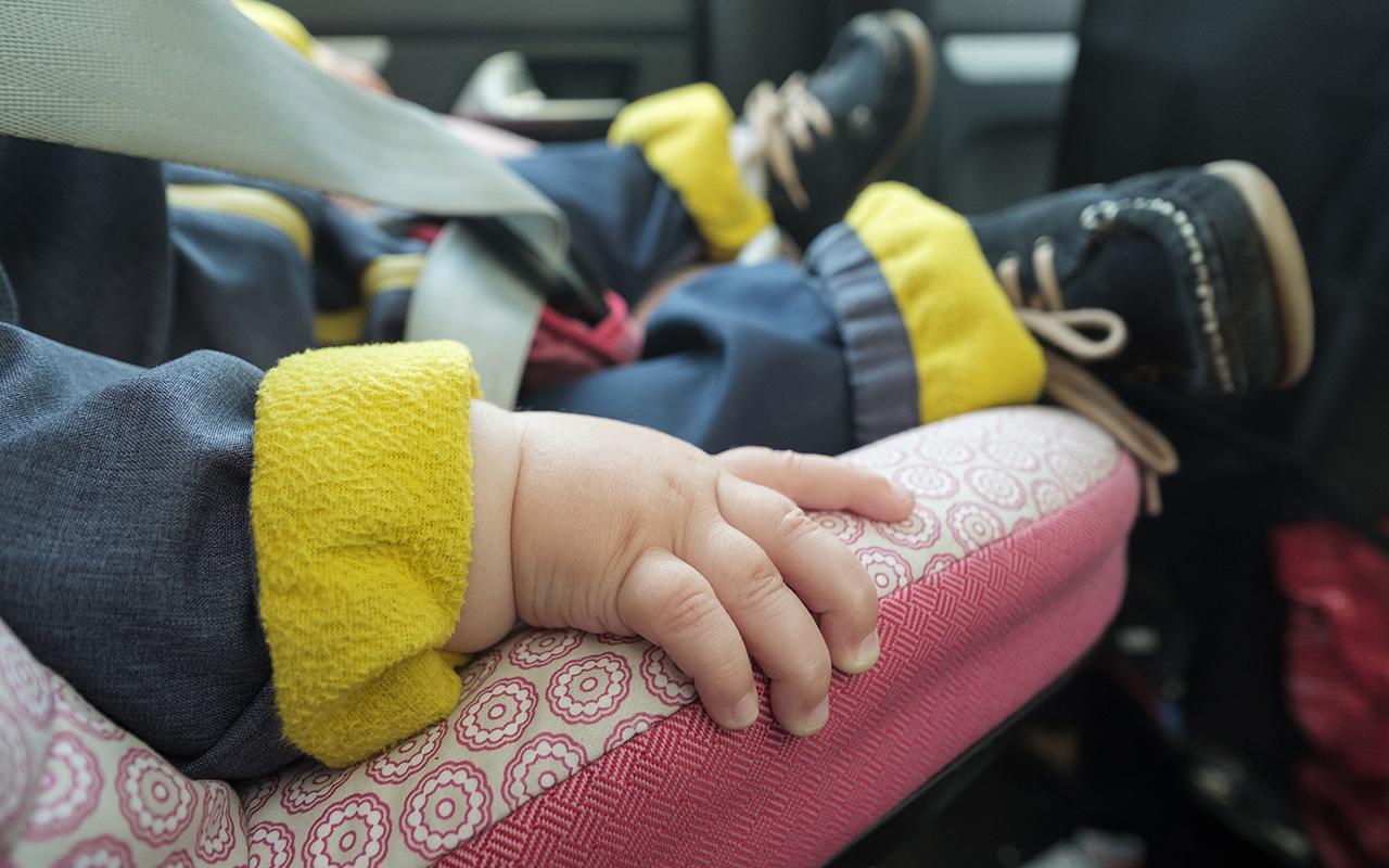 Мать оставила малышку в машине и ушла на SPA-процедуры