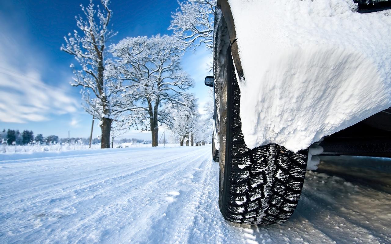 Зимние «липучки»: тест 14 шин на снегу и льду