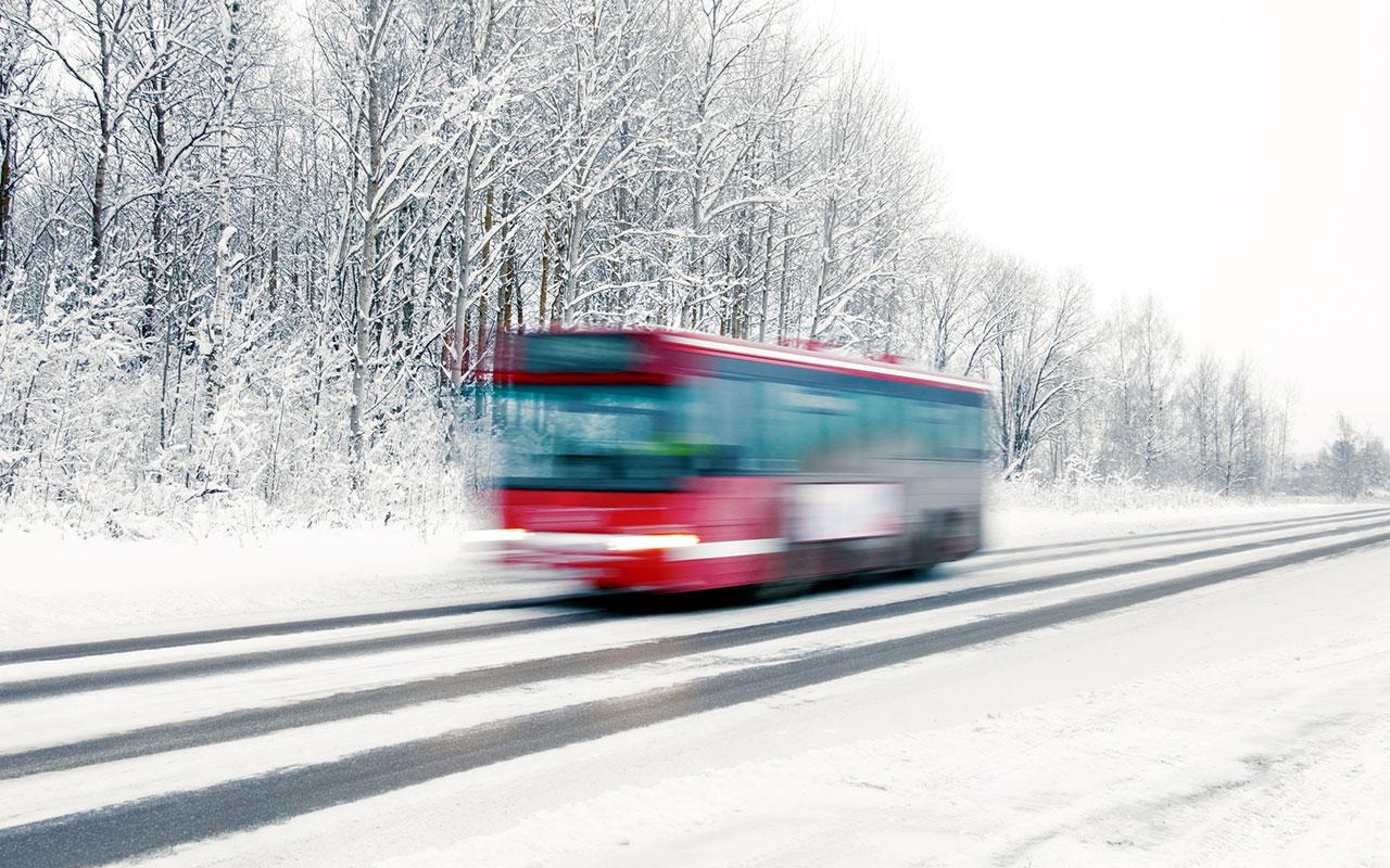 Новые шины для междугородных автобусов: теперь будет безопаснее