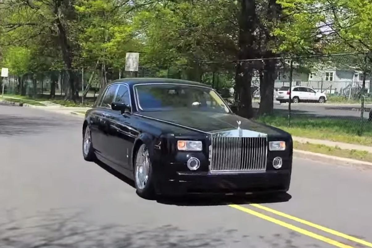 В США засветился самый «убитый» Rolls-Royce Phantom - журнал За рулем