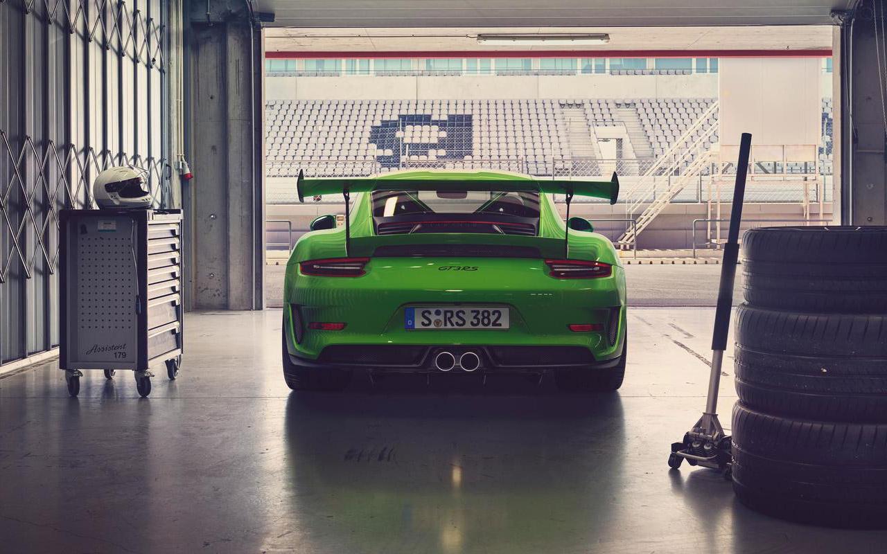 Porsche 911 GT3 RS на грунтовке: без асфальта он ничто