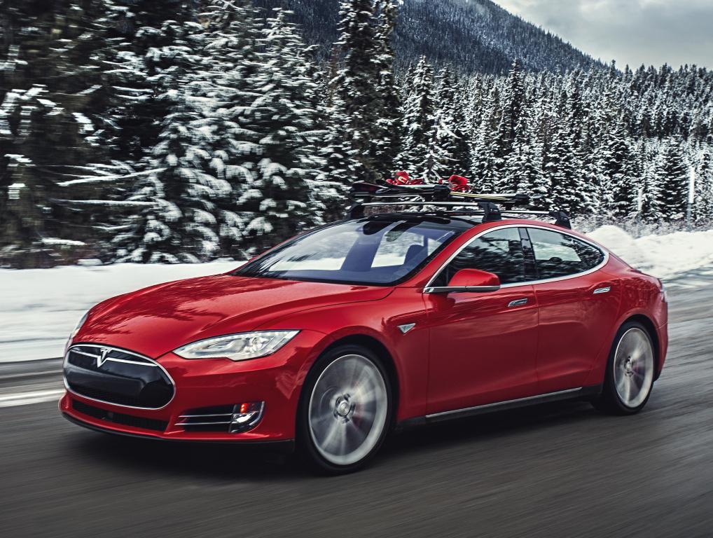 Tesla Model S проехала через США на автопилоте