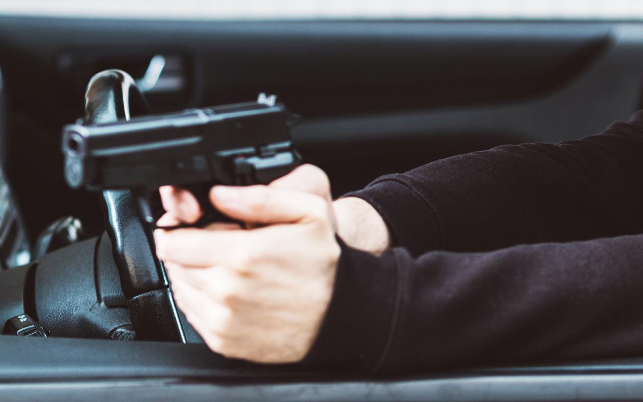 После дорожного конфликта со стрельбой задержали 18 человек