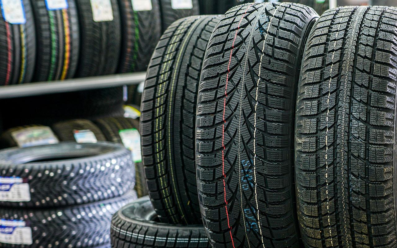 Гаражные мифы: зачем на шинах цветные полоски и точки?