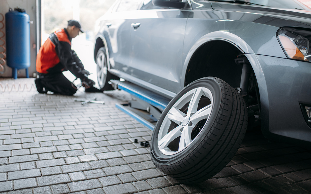 Это надо делать при каждой смене шин — совет «За рулем»