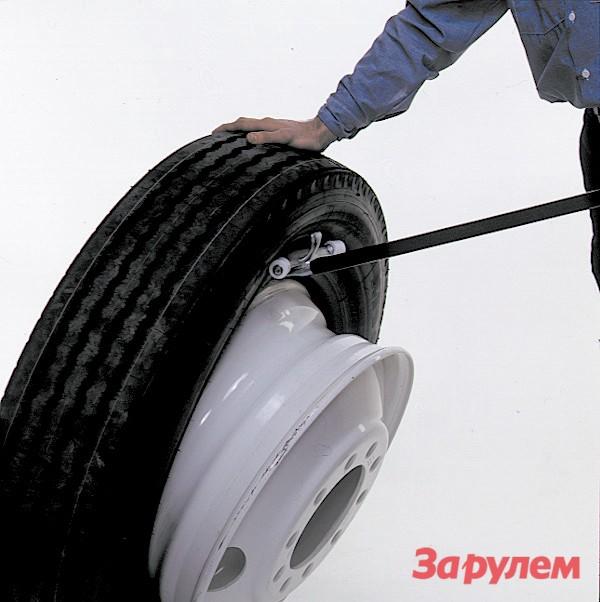 Разбортовка бескамерной шины